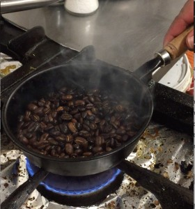 Kaffe-ristet-sort